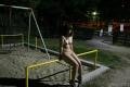 ぽちゃパイパンFカップ(22)夜の公園露出男性に囲まれる